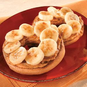 peanut butter banana bagel